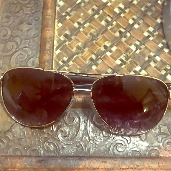 46ee57b8d2ed4 Gucci Other - Gucci unisex shades updated with style